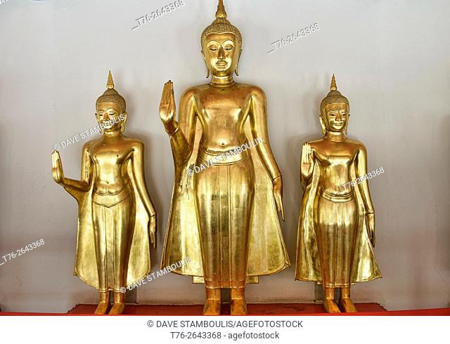 Golden Buddha statues at Wat Pho in Bangkok, Thailand