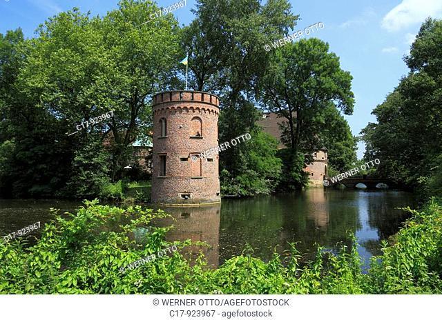 D-Castrop-Rauxel, Ruhr area, North Rhine-Westphalia, D-Castrop-Rauxel-Bladenhorst, Castle Bladenhorst, moated castle, castle tower, Late Renaissance