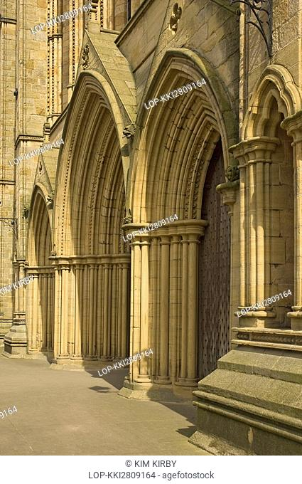 England, North Yorkshire, Ripon, The entrance in the west front of Ripon Cathedral