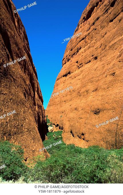 Walpa Gorge, Kata Tjuta / The Olgas, Central Australia