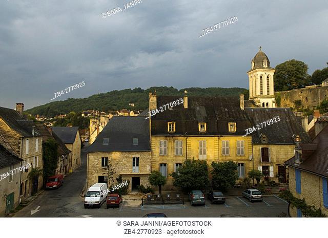 View from Place d'Armes, Montignac, Dordogne, Aquitaine, France