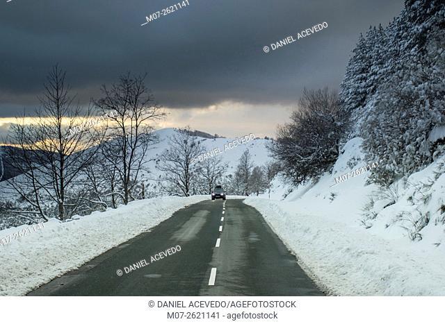 Road to Valdezcaray ski station, La Rioja, Spain, Europe