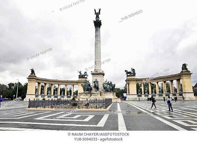 Millennium Monument, Millenary Monument,Hero's Square,Hungary, Budapest, Europe,