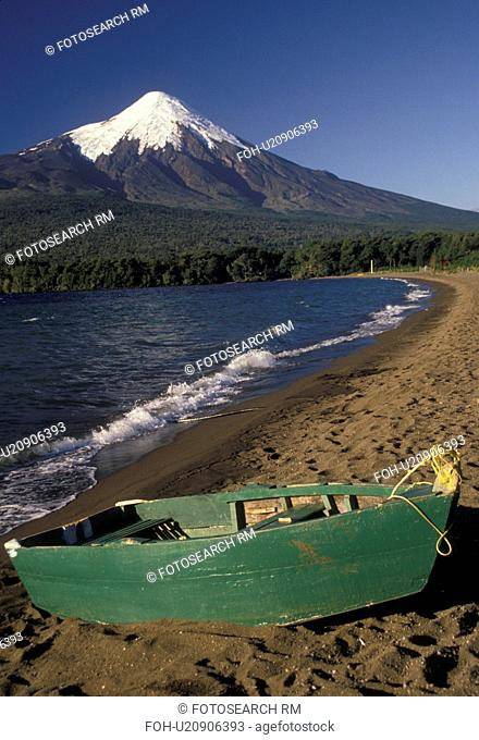 volcano, Chile, Mt. Osorno, Andes, Scenic view of the snow capped Osorno Volcano from Lago Llanquihue in the South-Central Region (the Land of Lakes and...