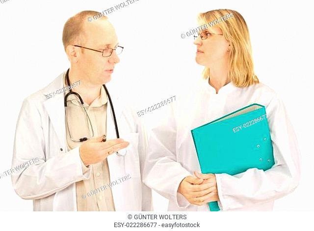Two doctors are discussing