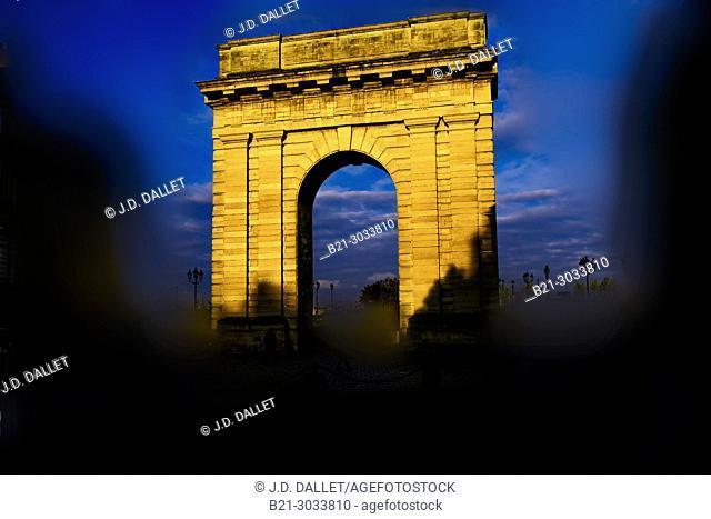 """France, Nouvelle Aquitaine, Gironde, """"""""Porte de Bourgogne"""""""" gate, 18th century, Bordeaux"""