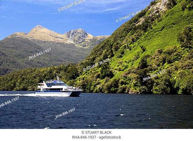 Patea Explorer cruise boat, Doubtful Sound, Fiordland National Park, UNESCO World Heritage Site, South Island, New Zealand, Pacific