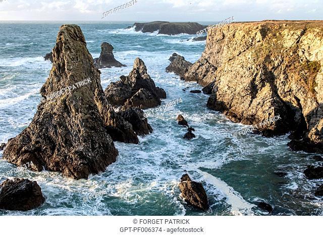 THE AIGUILLES DE PORT COTON SEA STACKS, THE WILD COAST OF BANGOR, BELLE-ILE-EN-MER (56), FRANCE
