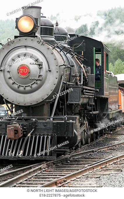 USA, Oregon, Elbe. Mount Ranier Scenic Railroad, steam train