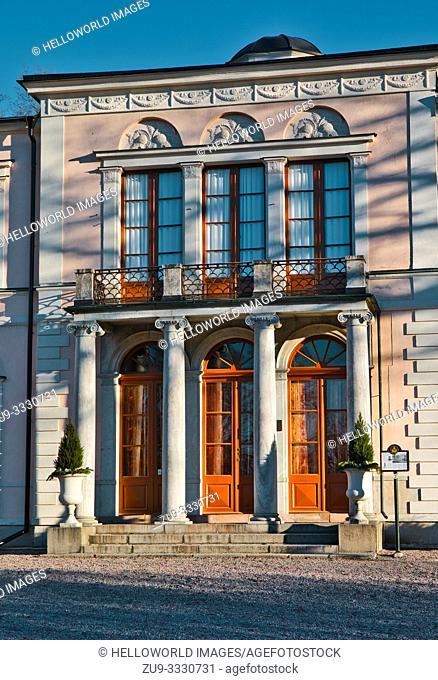 Rosendal Palace (Rosendals Slott), Djurgarden, Stockholm, Sweden, Scandinavia Built between 1823-27 for King Karl X1V Johan and designed by Fredrik Blom