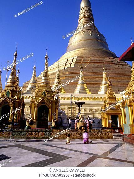 Asia, Burma, Yangon, Shwedagon Pagoda