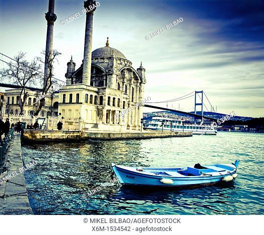 Ortaköy Mosque or Buyuk Mecidiye Camii  Istanbul, Turkey
