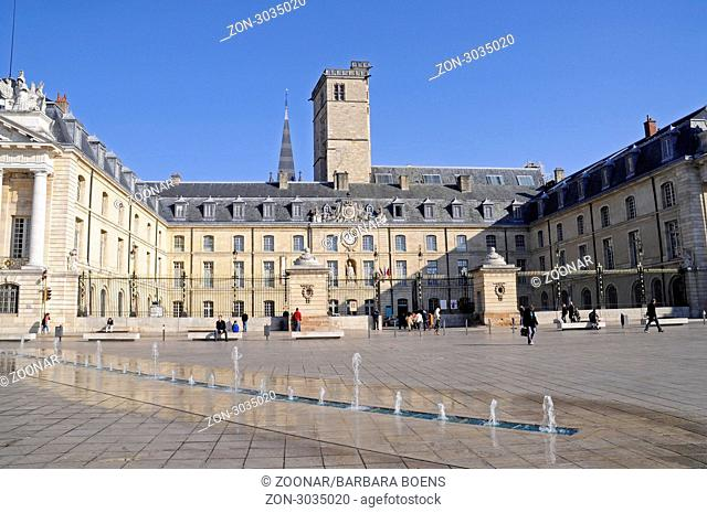 Ducal palace, city hall, Place de la Liberation Square, Dijon, Departement Cote-d'Or, Burgundy, France, Europe, Herzogspalast, Rathaus, Place de la Liberation