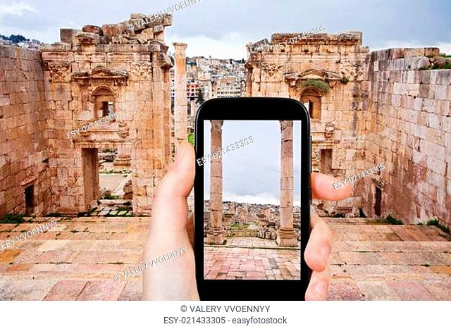 photo of ancient town Gerasa and modern Jerash