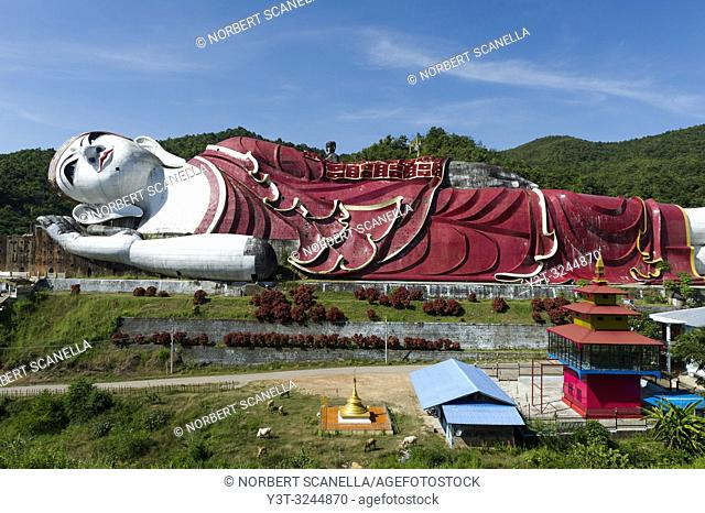Blue Sky, reclining Buddha, Statue, Huge, Monumental, No people