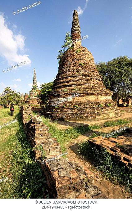 Alignment of brick stupas at Wat Phra Si Sanphet temple. Thailand, Ayutthaya, Wat Phra Si Sanphet