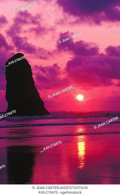 Sunset over 'The Needle'. Cannon Beach. Northern Oregon Coast. USA