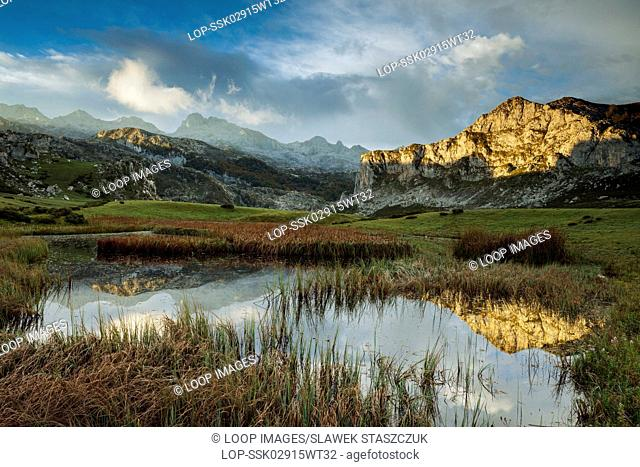 Morning at Lago Ercina in Picos de Europa
