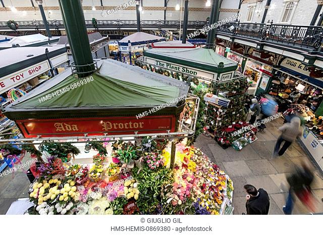 United Kingdom, Yorkshire, Leeds, downtown, one of the halls of Leeds City Market, one of the biggest food markets in Europe