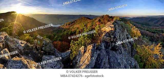 Rossatz-Arnsdorf, rock mountain Hirschwand, river Danube, summit book box, Wachau, Lower Austria, Austria