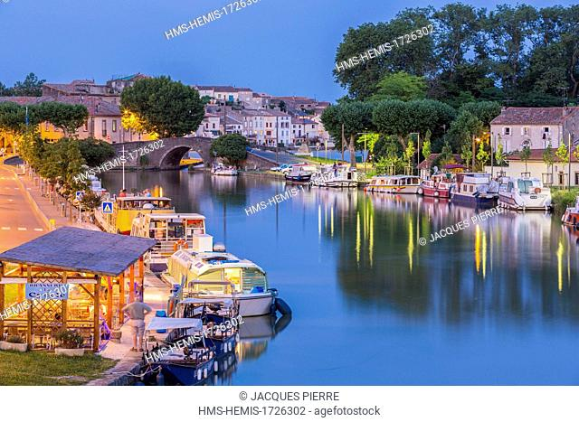 France, Aude, Castelnaudary, the Great Basin on the Canal du Midi listed as World Heritage by UNESCO