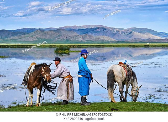 Mongolia, Bayankhongor province, Naadam, traditional festival, young nomad near a lake