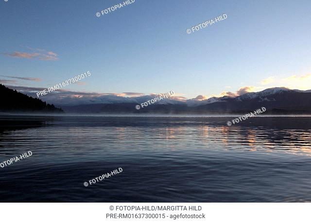 Lake Tekapo, Mackenzie District, Canterbury Region, South Island, New Zealand / Lake Tekapo, Mackenzie Distrikt, Region Canterbury, Südinsel, Neuseeland