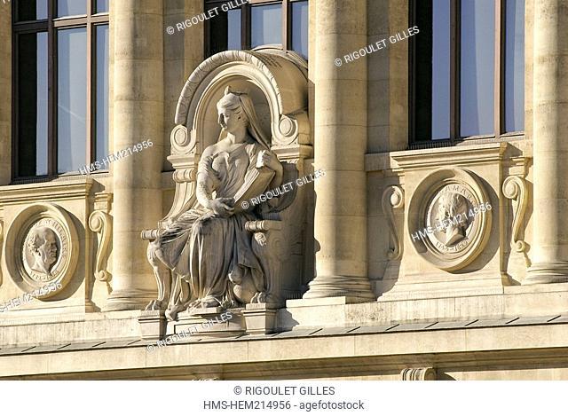 France, Paris, Museum National d'Histoire Naturelle Natural History Museum