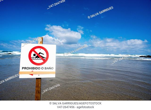 Signal prohibited bathing in the Beach of the cathedrals, Playa de Augas Santas, Ribadeo, Lugo, Galicia, Spain, Europe