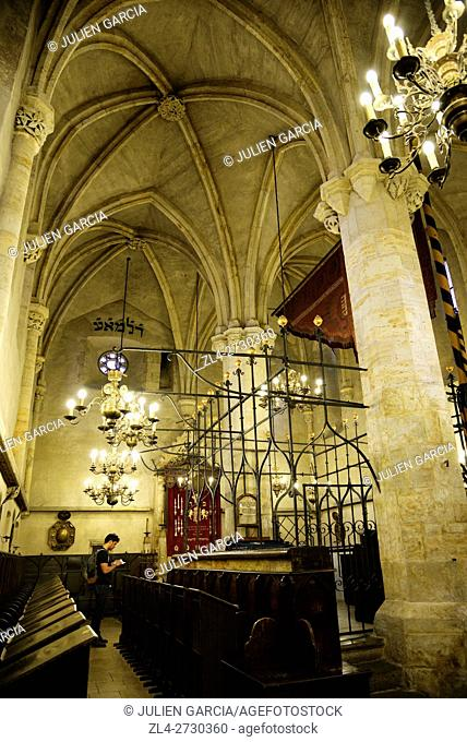 Czech Republic, Prague, historic centre listed as World Heritage by UNESCO, Jewish Quarter (Josefov), interior of the Old New Synagogue