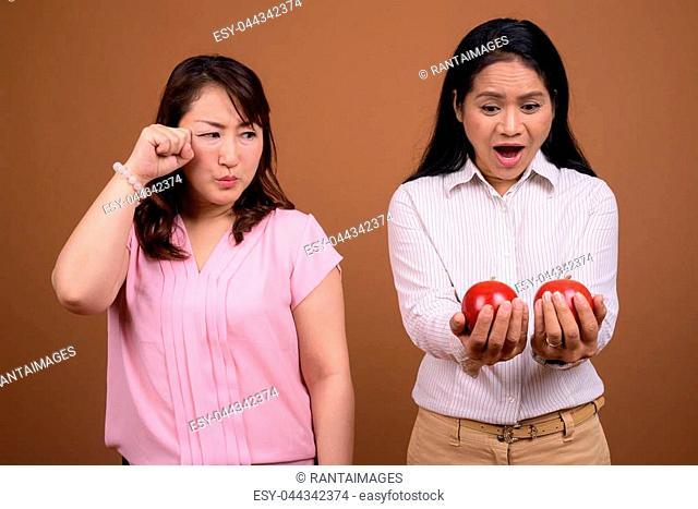 Mature asian lesbian photos