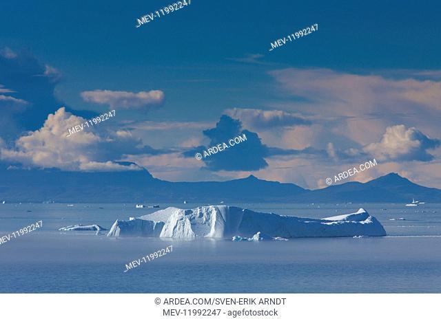 Iceberg - Ilulissat Icefjord - Greenland