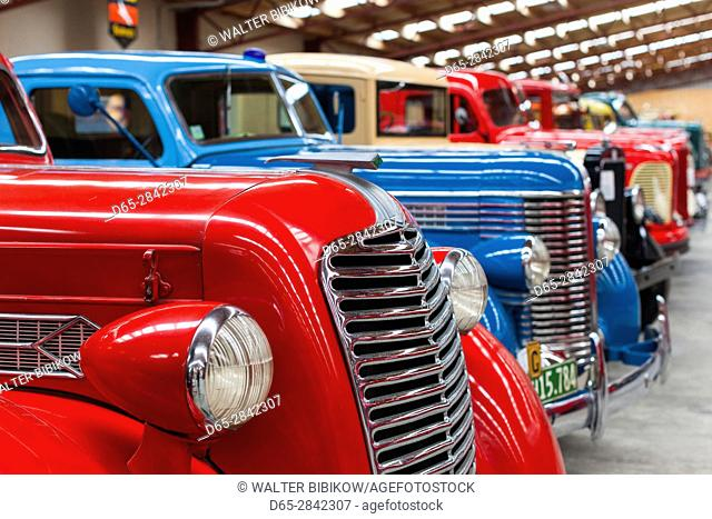 New Zealand, South Island, Southland, Invercargill, Bill Richardson Transport World Museum, antique trucks