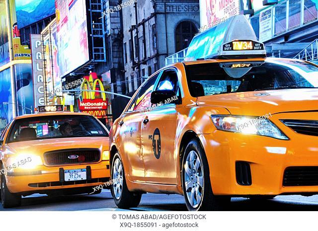 42nd Street, Broadway, Times Square, Manhattan, New York City, USA