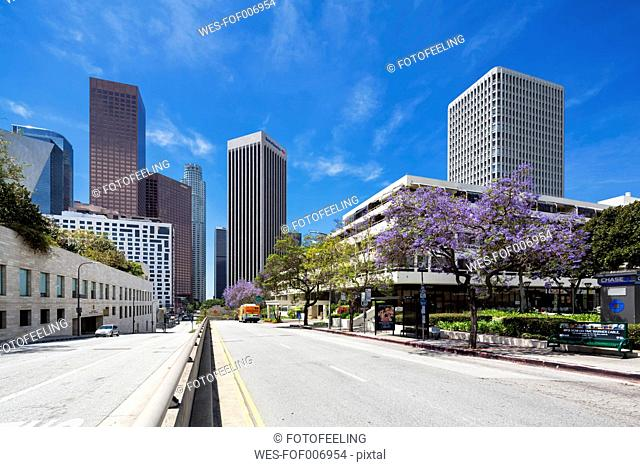 USA, California, Los Angeles, Music Center with Bank of America and Wells Fargo Center, Wells Fargo Tower and KPMG Tower