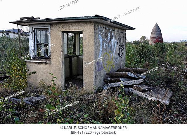 Dilapidated signal box shed, overgrown terrain, former Ausbesserungswerk repair shop of German Railways, vacant, closed in 2003, Duisburg-Wedau