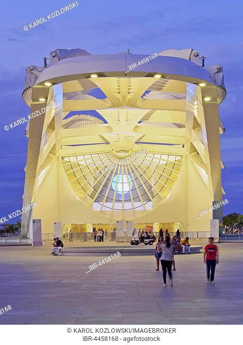 Museum of Tomorrow, Museu do Amanha by Santiago Calatrava, dusk, Praca Maua, City of Rio de Janeiro, Brazil