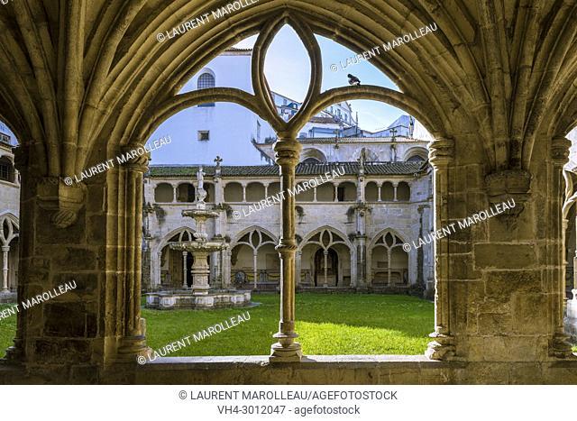 Manueline Arcade in the Silence Cloister of Santa Cruz Monastery, Sofia Area, Coimbra, Baixo Mondego, Centro Region, Portugal, Europe