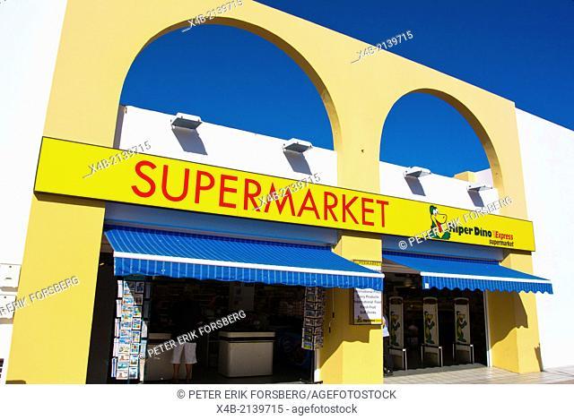 Hiperdino supermarket exterior, Caleta de Fuste, Fuerteventura, Canary Islands, Spain, Europe