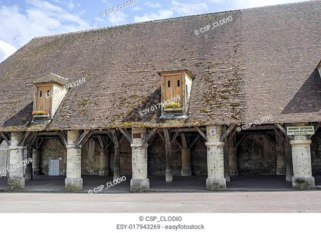 Fere-en-Tardenois - Covered market