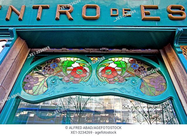 glass window of the modernist pharmacy of the Casa Francesc Carreras, 1902, architect Antoni Millàs i Figuerola, Barcelona, Catalonia, Spain