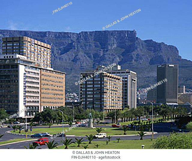 South Africa, Cape Town Skyline, Table Mountain