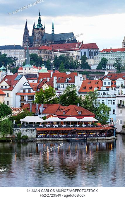 Prague Castle, Prazsky hrad, Kampa Island, Vltava River, Prague, Czech Republic, Europe