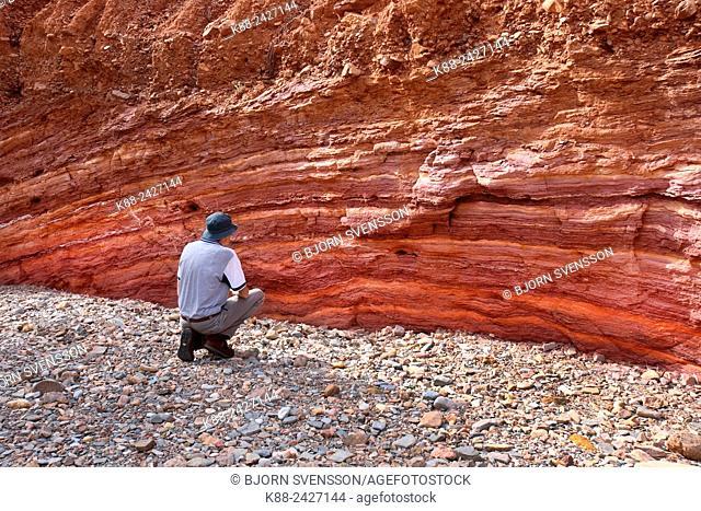Ochre wall traditionally used by Aboriginal people. Arkaroola, Flinders Ranges, South Australia