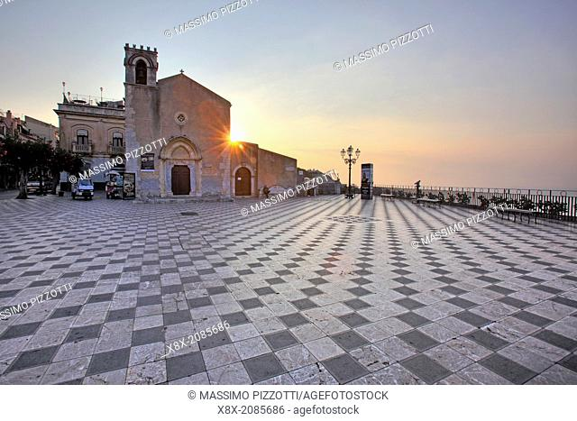 Piazza IX Aprile, Taormina and Sant'Agostino church, Sicily, Italy