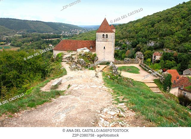 Saint Cirq Lapopie is one of the most beautiful villages in Lot France