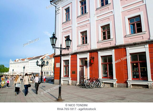 Town Hall, Raekoja Square (Raekoja Plats), Tartu, Estonia, Baltic States, Europe