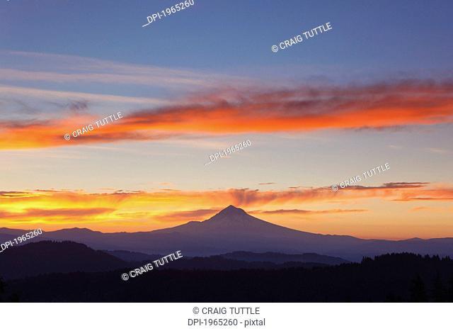 sunrise over mount hood, oregon united states of america
