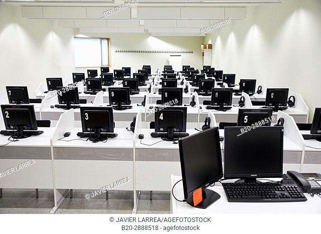 Language class, Carlos Santa Maria Center, Gipuzkoa Campus Library, UPV, EHU, Basque Country University, Donostia, San Sebastian, Gipuzkoa, Spain, Europe