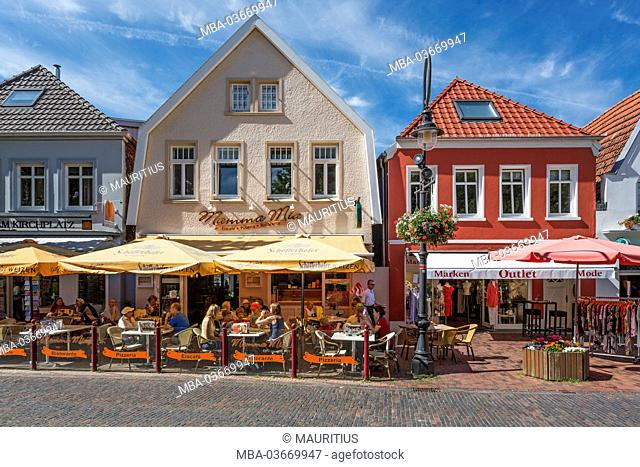 Restaurant In A Pedestrian Area Stock Photos And Images Age Fotostock